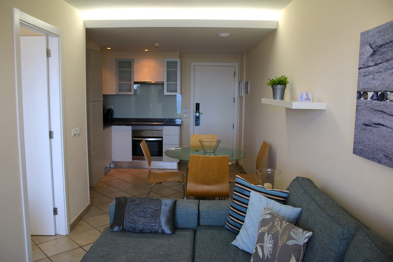 Self catering One Bedroom (with sea view) apartment